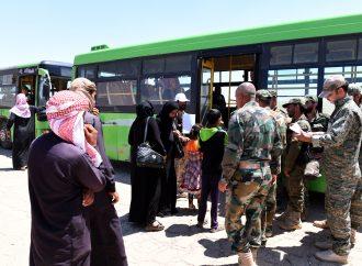 تواصل عودة المهجرين من مخيم الأزرق في الأردن