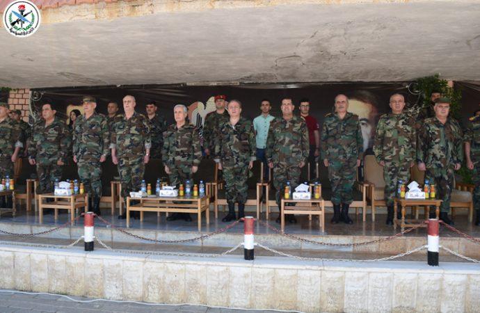 بتوجيه من الرئيس الأسد.. العماد أيوب يحضر تخريج دورة صاعقة لدفعة من الضباط الجدد