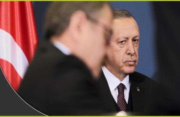 """بعد تصاعد الانشقاقات داخل حزبه.. أردوغان يهاجم """"رفاق دربه"""""""