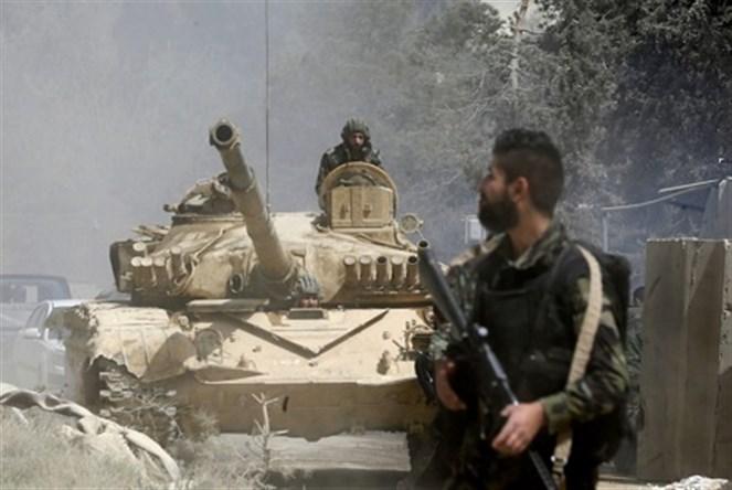 """200 شاحنة عسكرية أمريكية إلى القامشلي دعماً لميليشيا """"قسد""""  رمايات مكثّفة ومركّزة على معاقل الإرهابيين في سهل الغاب"""