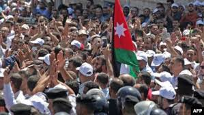 انغلاق أفق حل أزمة المعلمين يمهّد لاحتجاجات أوسع في الأردن