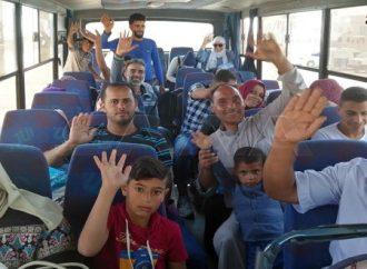 """عودة عشرات الأسر المهجّرة من مخيم الأزرق عبر مركز نصيب  ميليشيا """"قسد"""" تداهم أحياء سكنية في الحسكة وتختطف 30 مدنياً"""