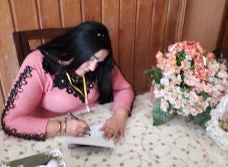 """توقيع """"أنثى الياسمين"""" في طرطوس"""