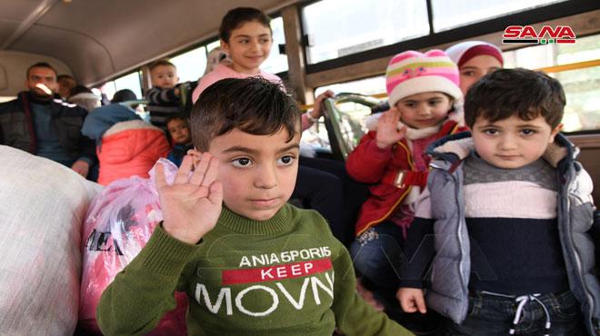 مئات المهجّرين يعودون من لبنان إلى قراهم المحرّرة