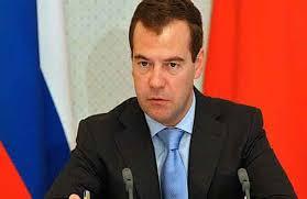 """مدفيديف يؤكد بقاءه في زعامة حزب """"روسيا الموحّدة"""""""