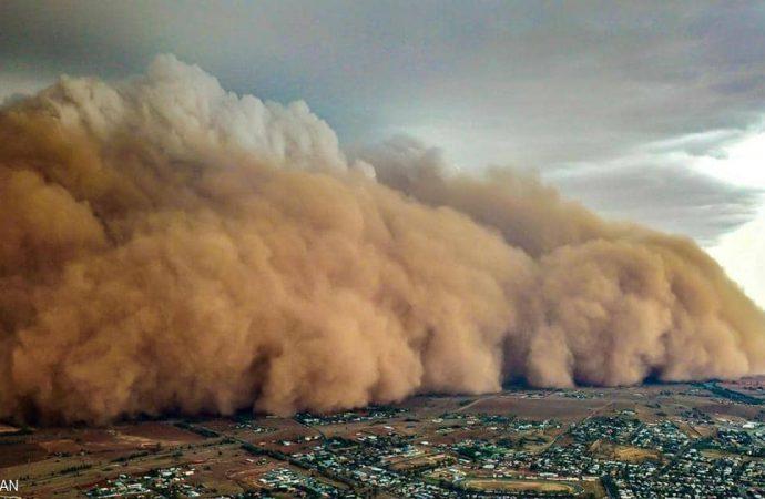 بعد موجة الحرائق.. عواصف رملية تضرب أستراليا