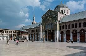"""وضع خارطة لمواقع السياحة الدينية… """"السياحة"""" تحدّد أولوياتها لهذا العام: تشجيع الاستثمار والترويج لفرصه في دمشق ومتابعة الملتقيات!"""