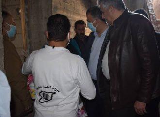 """في مواجهة """" كورونا """" .. فريق تطوعي لدعم الأسر المهجرة من إدلب"""