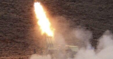 """""""توازن الردع السادسة"""".. القوات اليمنية تستهدف أكبر ميناء نفطي في السعودية"""